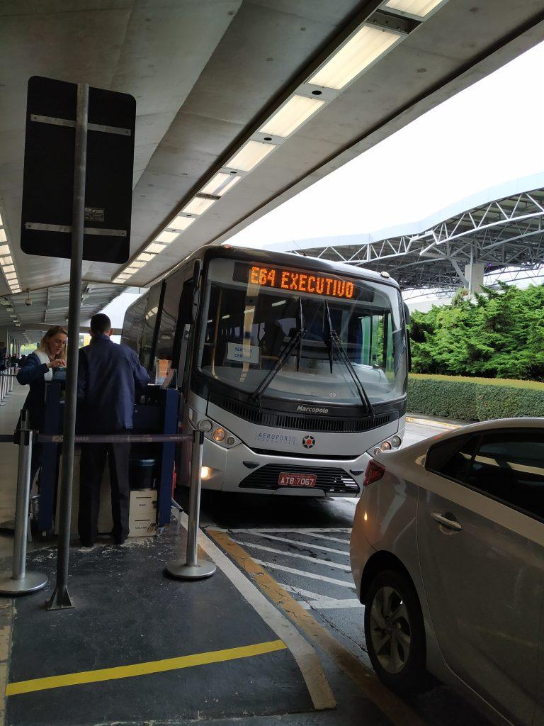 Como ir do Aeroporto de Curitiba ao Centro de ônibus