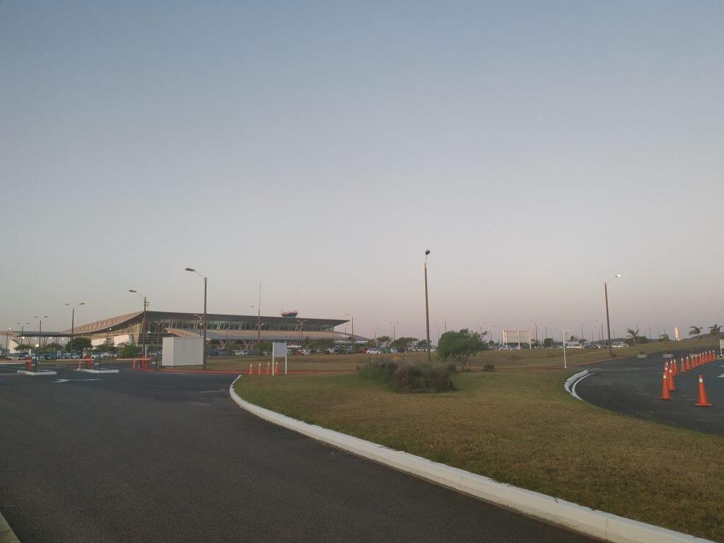 transporte no aeroporto de punta del este