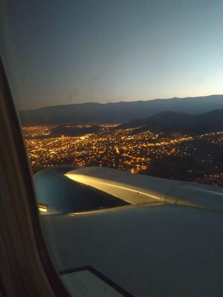 Como encontrar passagem aérea barata