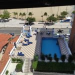 A região da piscina fica em frente a praia de Iracema