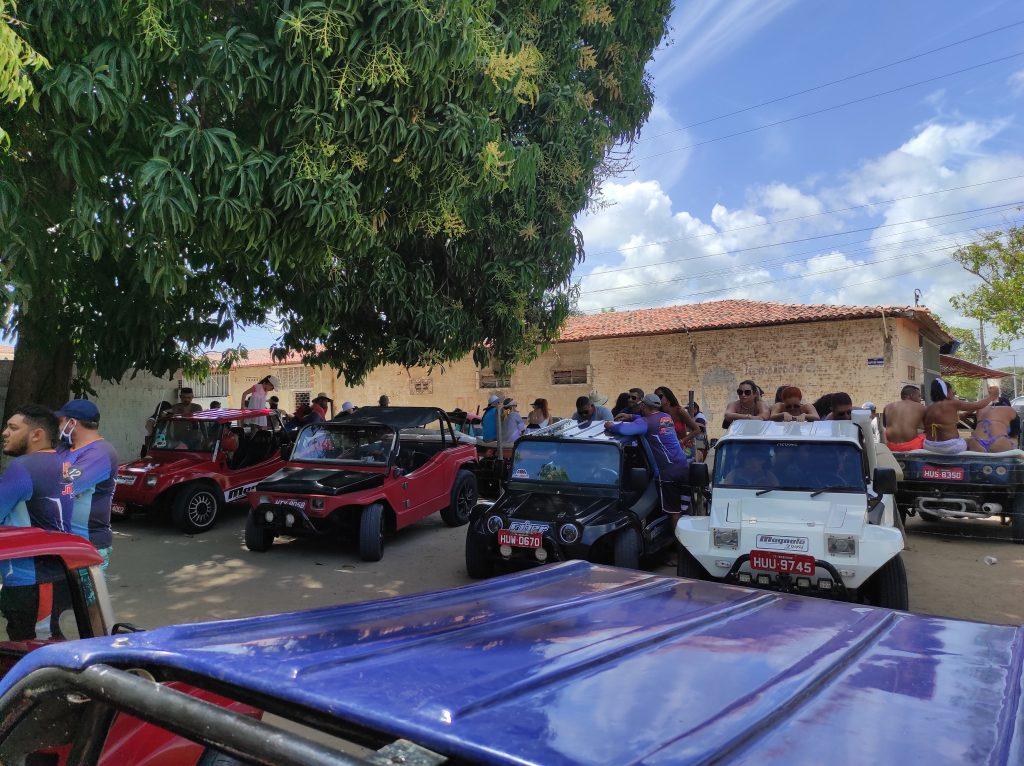 Ao chegarmos em Beberibe, a primeira parada e exclusivamente para pegarmos o Buggy e seguir viagem